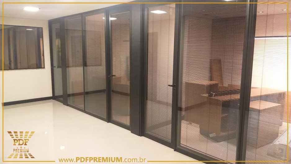 divisoria-piso-teto-acustica-para-sala-comercial.jpg
