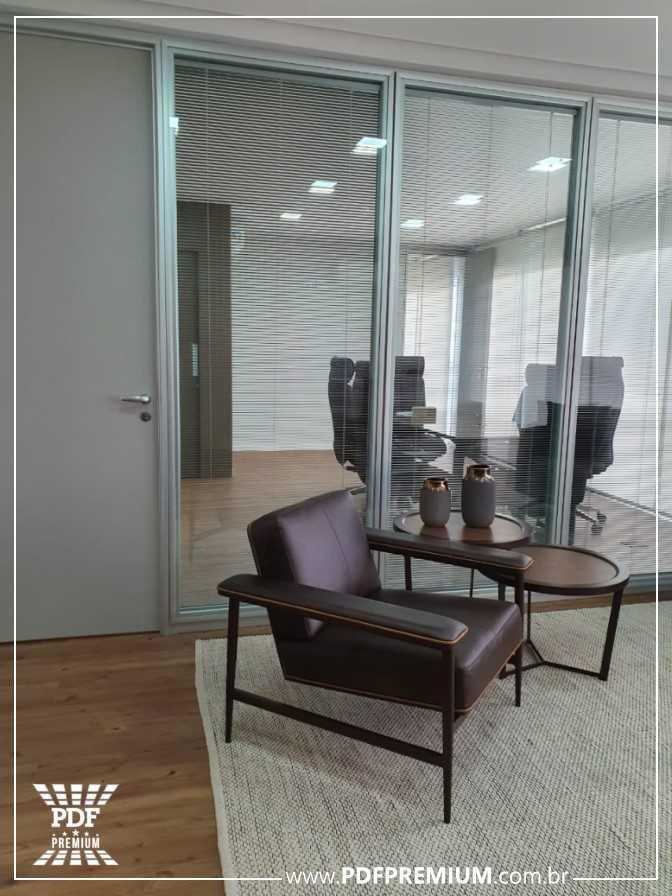 divisoria-piso-teto-acustica-para-sala-de-diretoria.jpg