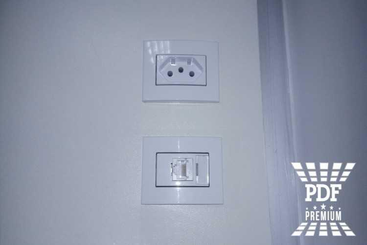 divisoria-piso-teto-mdf-com-porta.jpg