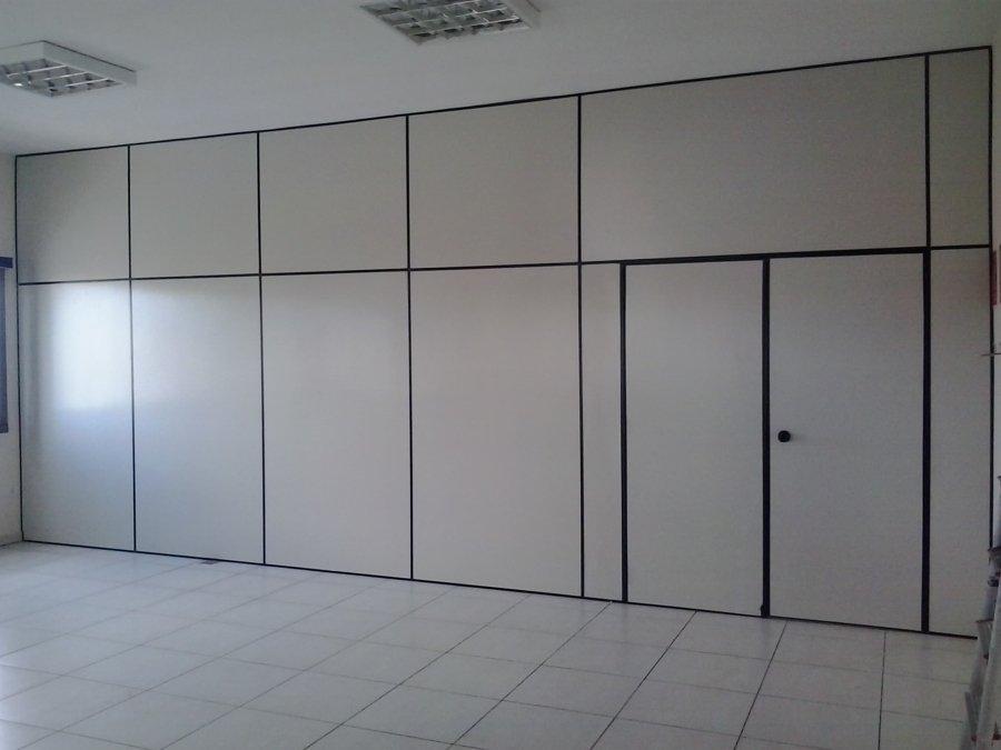 parede-divisoria-eucatex-bege-com-perfil-preto.jpg